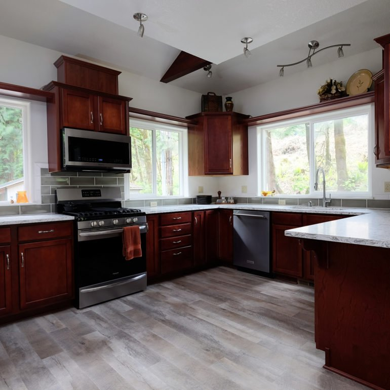 Newberg Real Estate Photograph of kitchen.