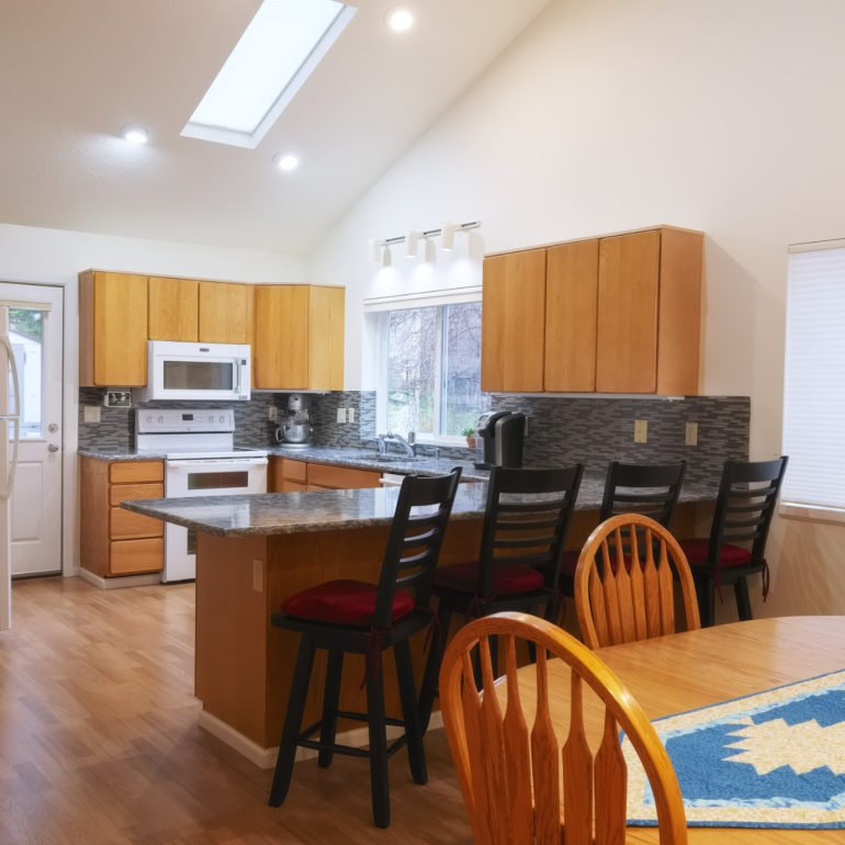 Vacation Rental Photograph of kitchen in Neskowin Oregon